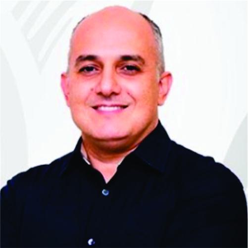 Ap. Claudio César Machado